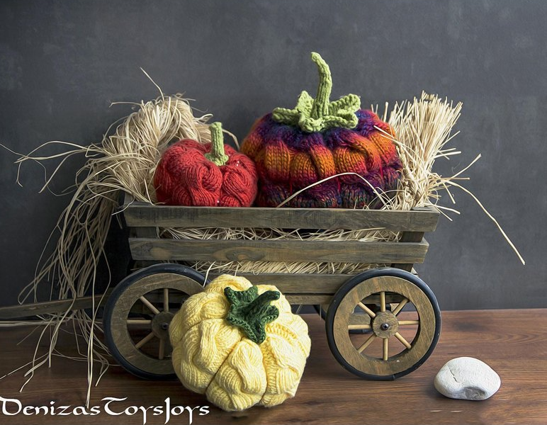 cabled pumpkins in cart