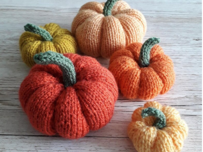 13 Pumpkin Knitting Patterns – Free and Paid